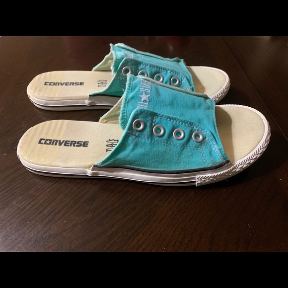Hard To Find Converse Slides Womens